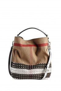 Burberry loves Printemps Limited Editio_021